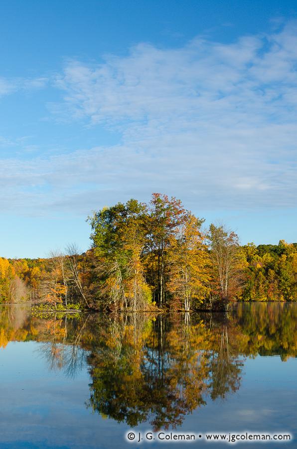 &#8220Autumn Island&#8221, Broad Brook Reservoir, Cheshire, Connecticut, USA
