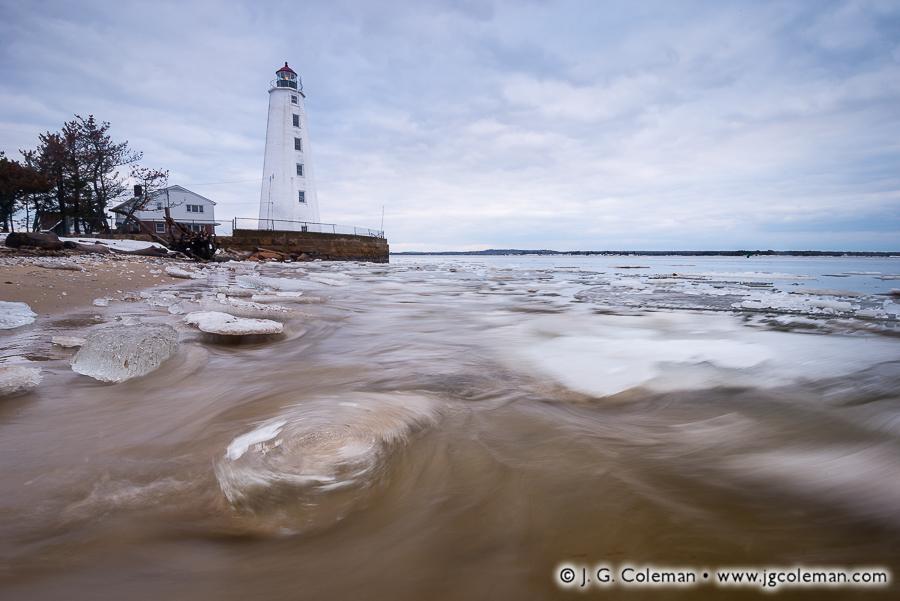 lynde-point-lighthouse-old-saybrook-ct-008.jpg